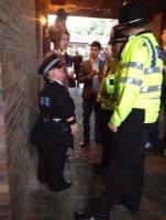 Poliisien määrärahat on puolitettu.