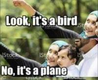 Lentokone tulee