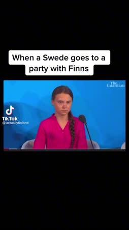 Swedut bailaa meidän kanssa.